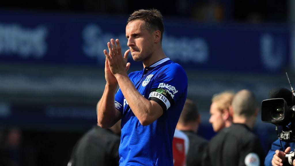 Jagielka announces Everton departure - Sports Leo