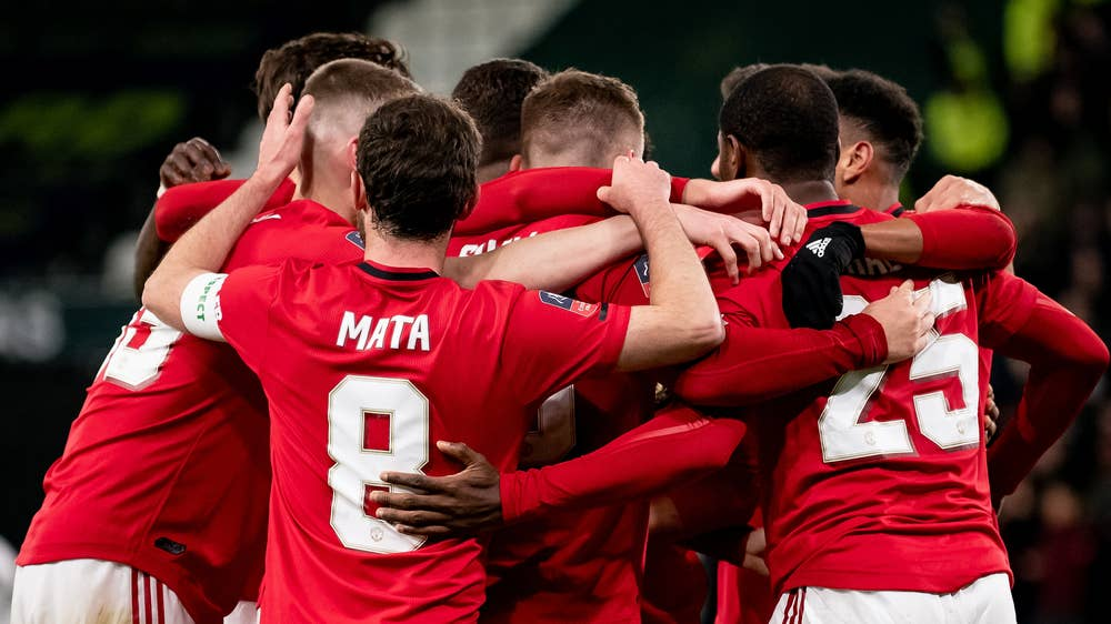 Manchester United march into Emirates FA Cup sixth round - Sports Leo