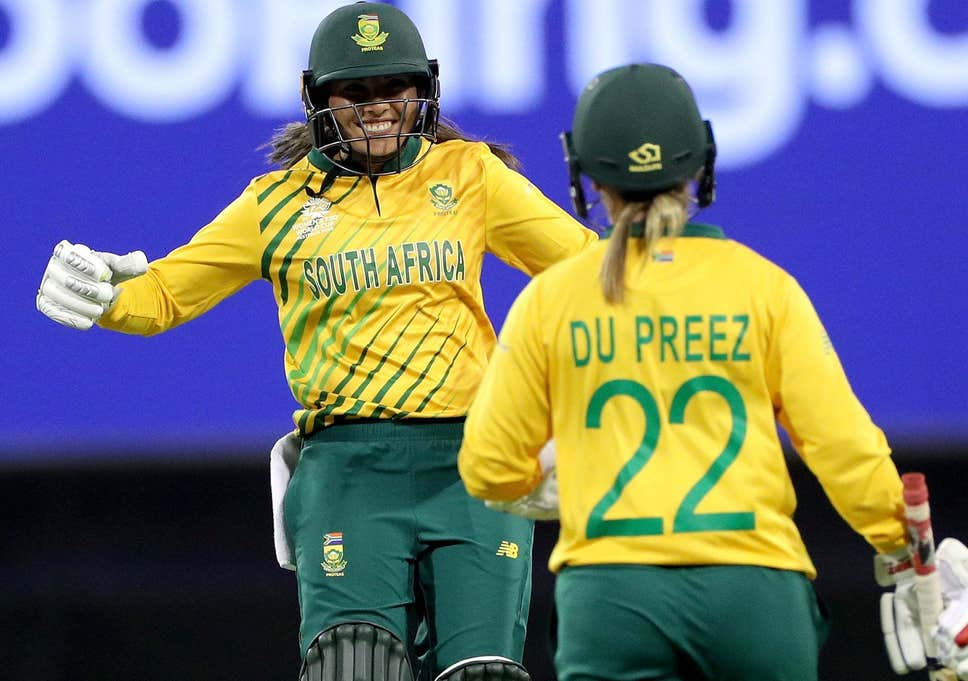 South Africa surge into Women's T20 World Cup semis - Sports Leo
