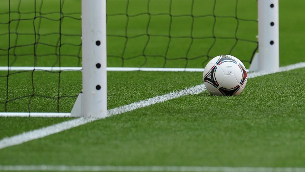 Burundi bans handshakes as football league continues - Sports Leo