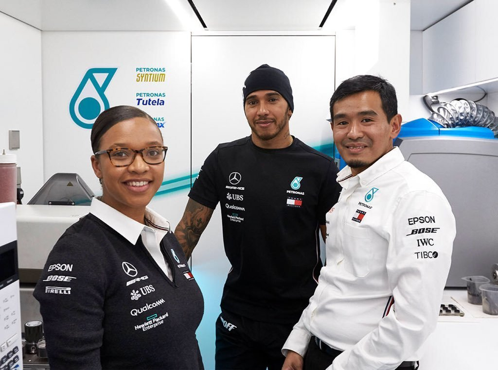 Zimbabwean Steph Travers makes history in Formula One - Sports Leo