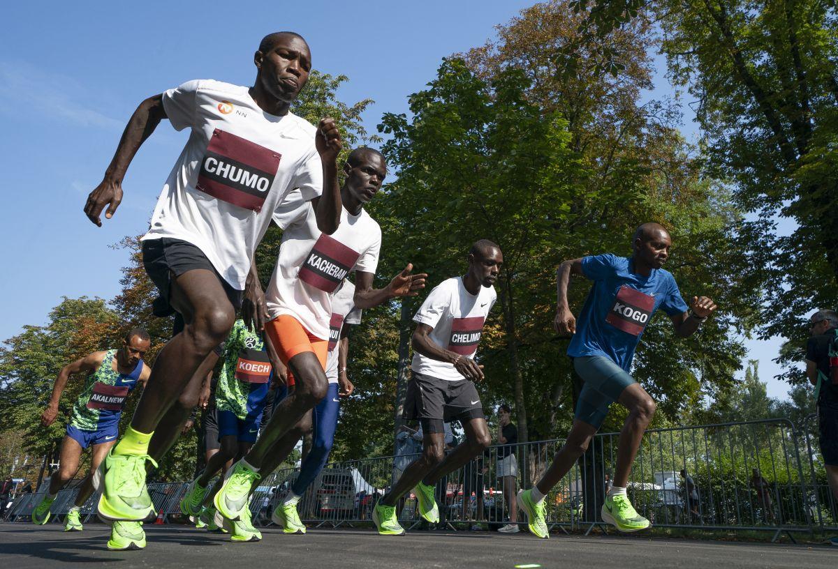 Kenyan Chumo tasked with helping Kipchoge to London Marathon title - Sports Leo