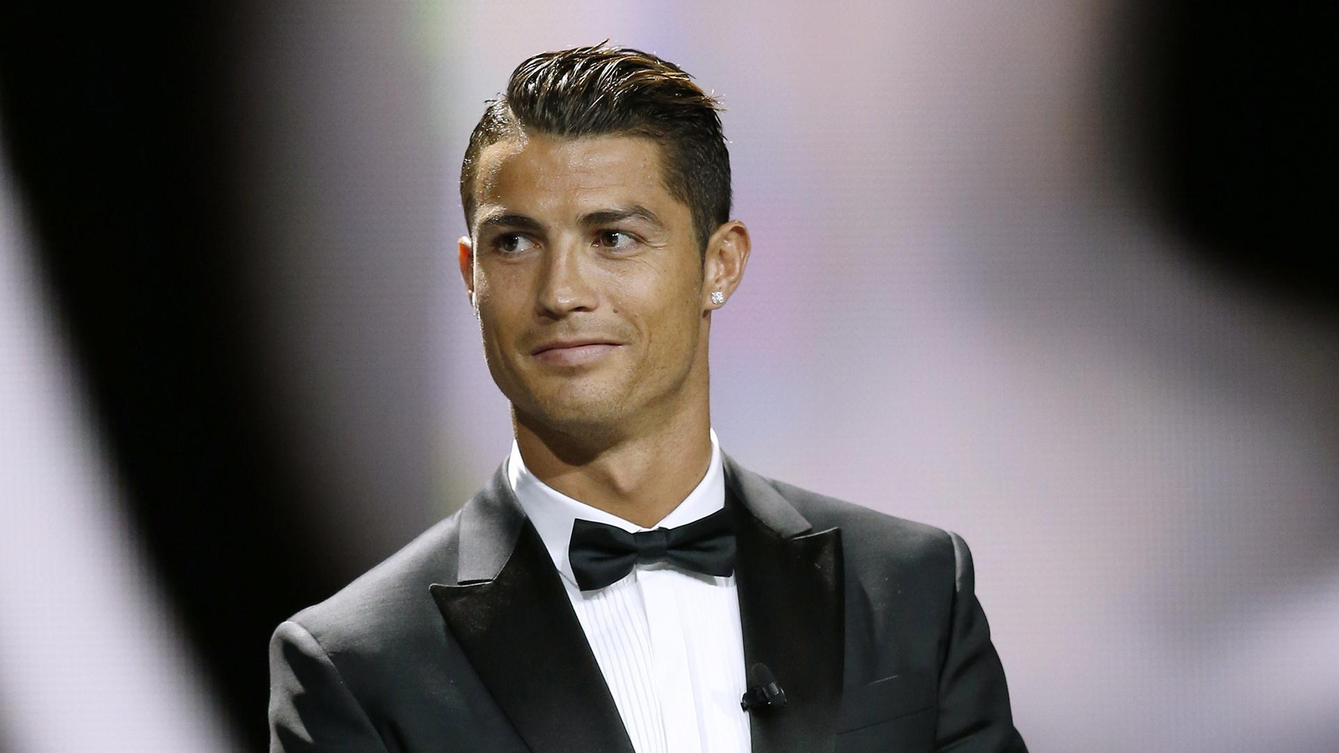 Cristiano Ronaldo Net Worth, Family and Lifestyle - Sports Leo
