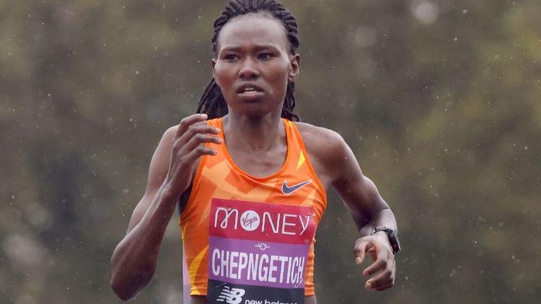 Kenyan Ruth Chepngetich sets new Half Marathon world record in Istanbul