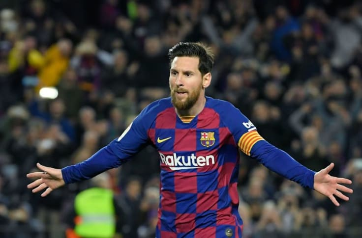 PSG offer Lionel Messi a three year contract