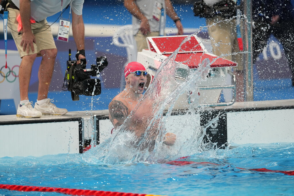 Adam Peaty swimmer won Title In 100M Breaststroke Final