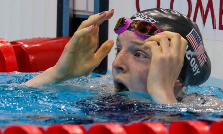 Lydia Jacoby wins a gold medal