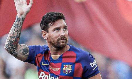 Football fans reacts Messi exit