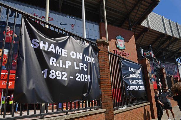 Fan engagement: Liverpool fans support against proposed European Super League