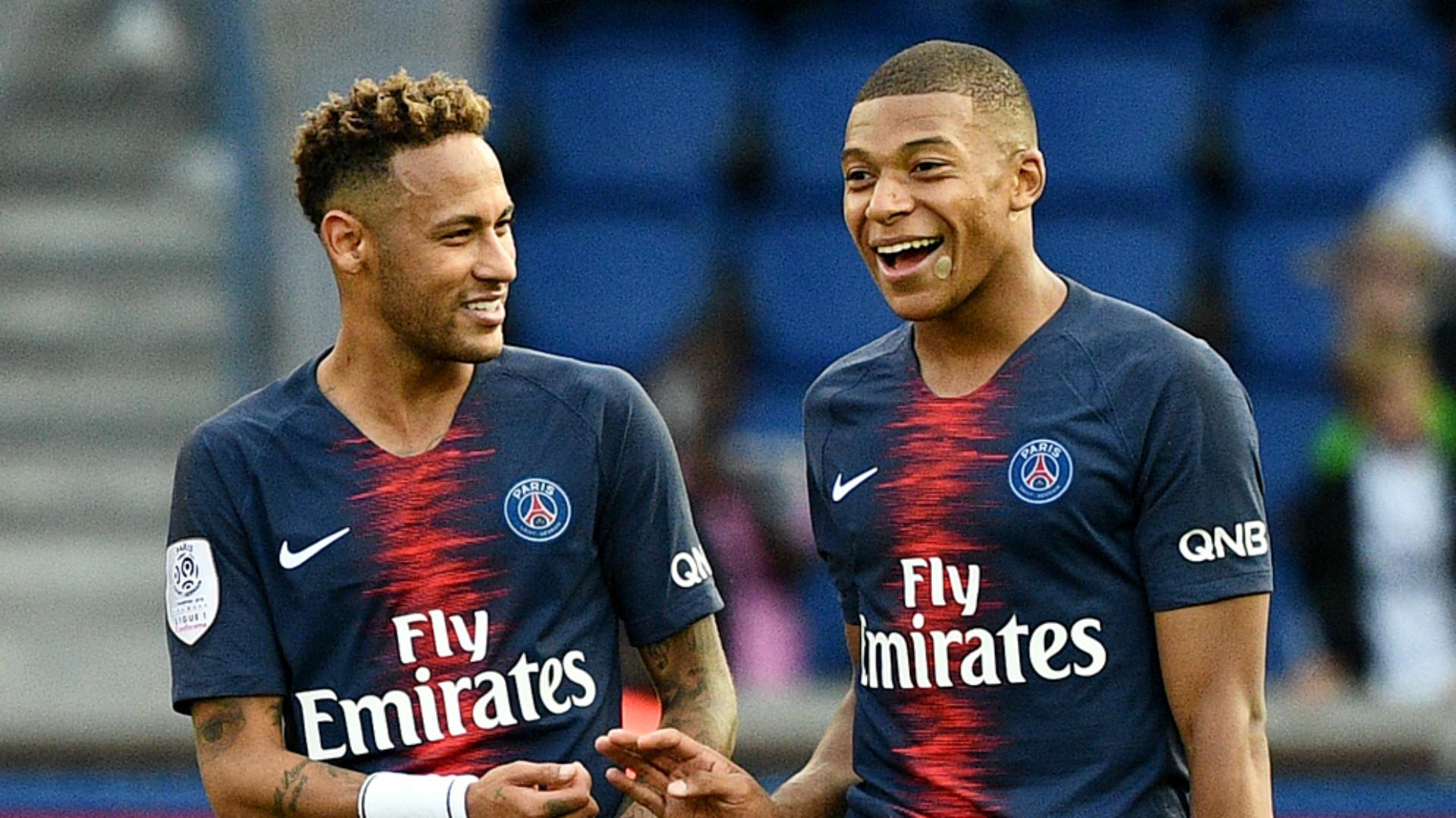 Kylian Mbappe with Neymar